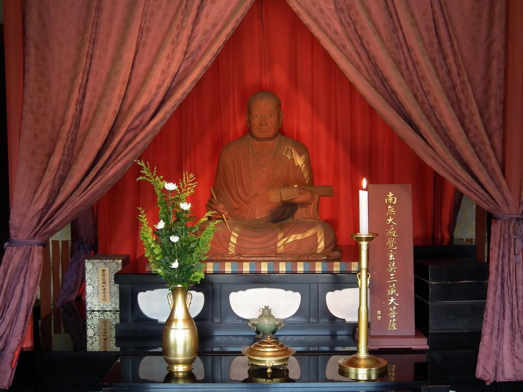 玄奘三蔵坐像 写真:薬師寺
