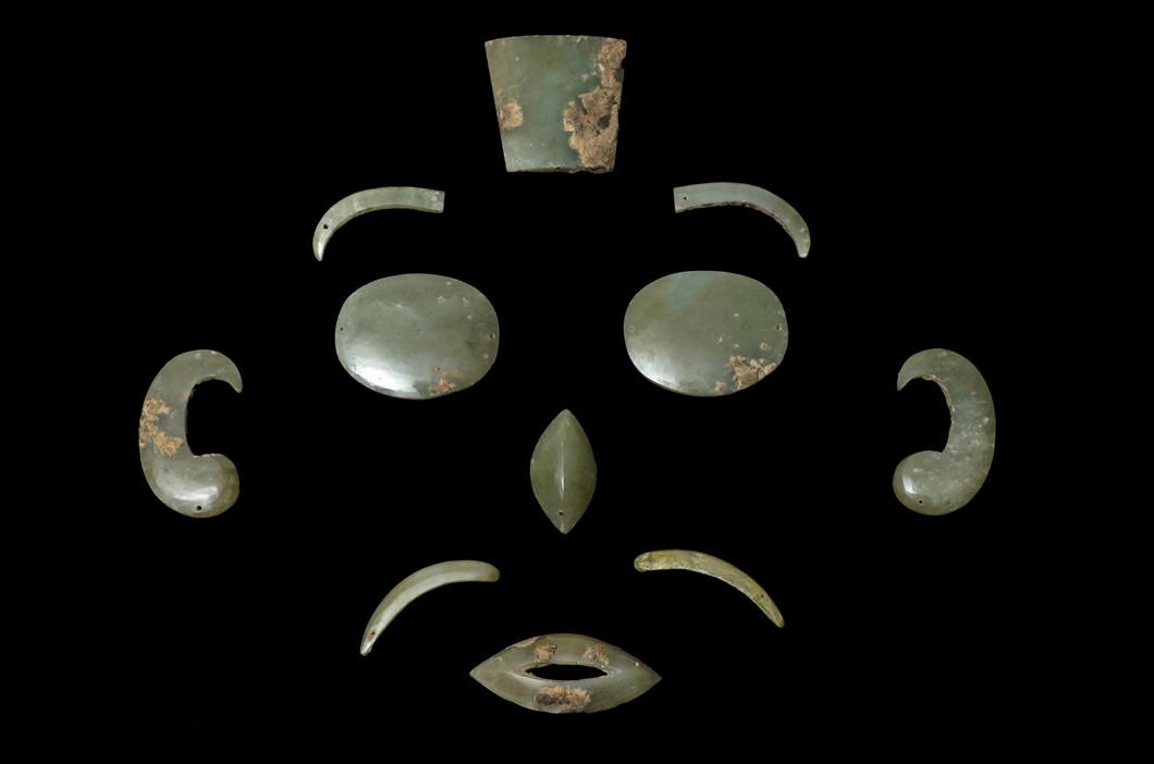 第79回企画展「墳墓の護り手―鎮め護り彩る品々―」