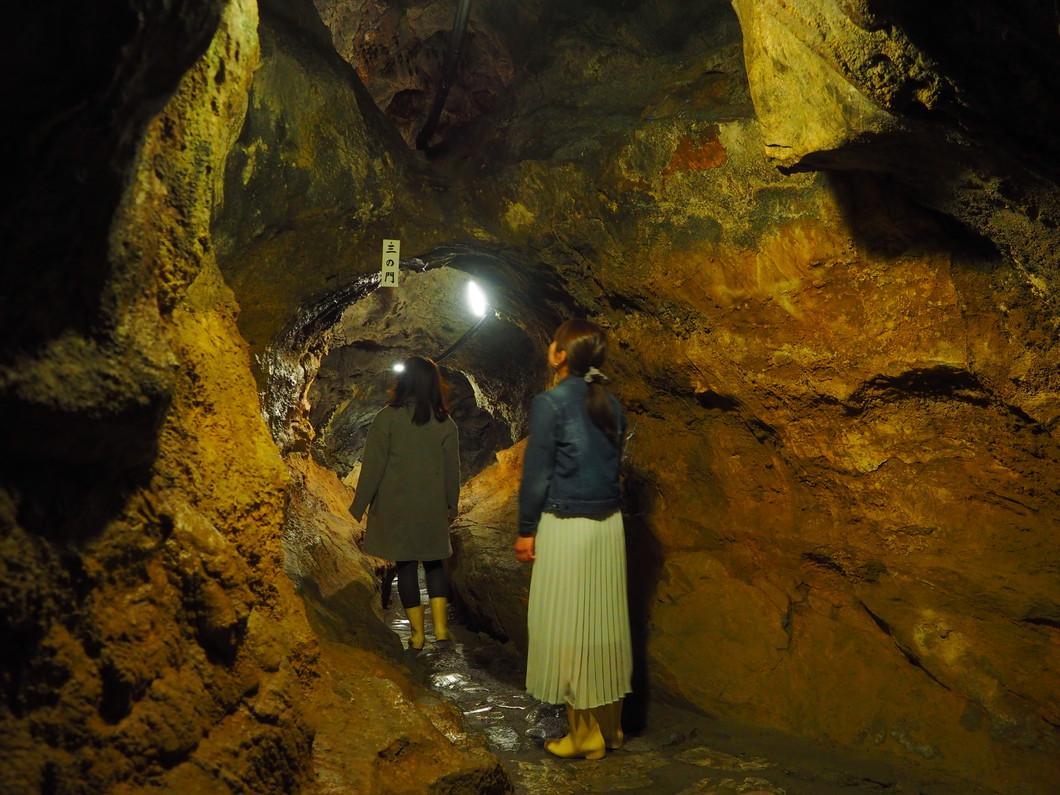 いざ洞窟へ