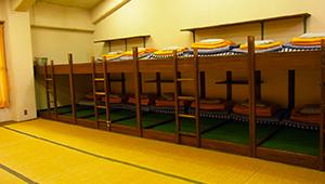 本館・きく・赤とんぼ32名用お部屋