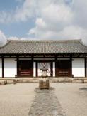 奈良時代創建当初の 本堂は国宝