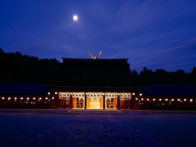 【体験プログラム】橿原神宮 夜間特別正式参拝と重要文化財「文華殿」での饗膳