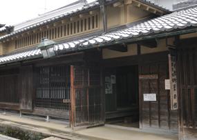 宇陀松山の町並みは、国指定の重要伝統的建造物保存地区