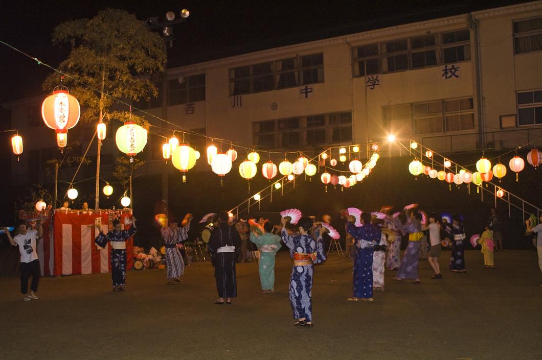 西川の大踊り(にしがわのおおおどり)