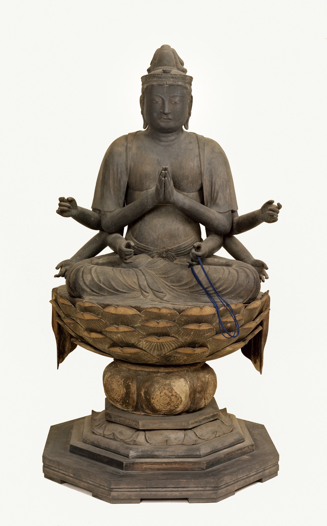 不空羂索観音菩薩坐像 写真提供:奈良市教育委員会