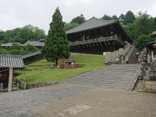 ガイドと歩くひと味違った奈良「春を待つ1300年の祈り~お水取り~」