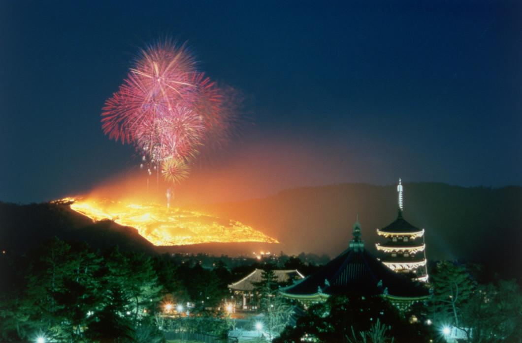 若草山焼き当日の県庁舎屋上開放