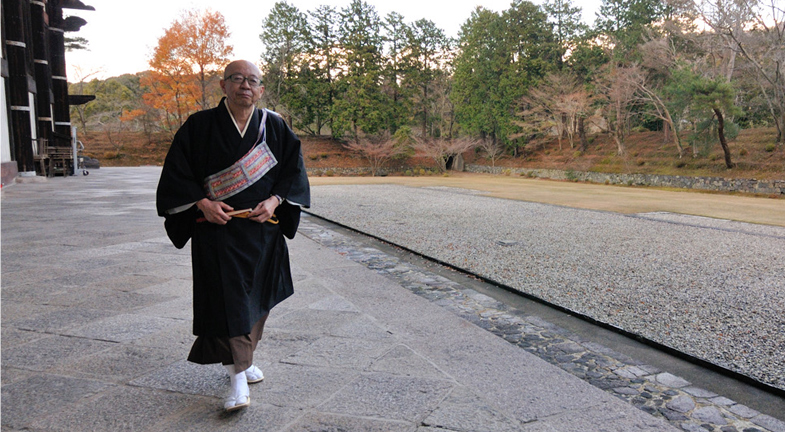 ―ご本尊である大仏さまを安置する大仏殿は木造建築として世界最大級です。再興するにはどれほど大変だったことでしょう。