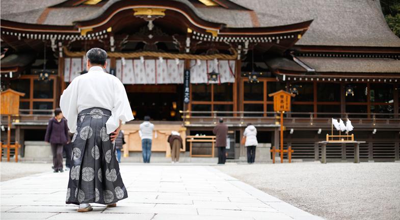 ―神社という「場」、また、そこでの儀式で、そうしたことを伝えているのですね。ところで、横のつながりということでは、大神神社は出雲大社と交流されています。