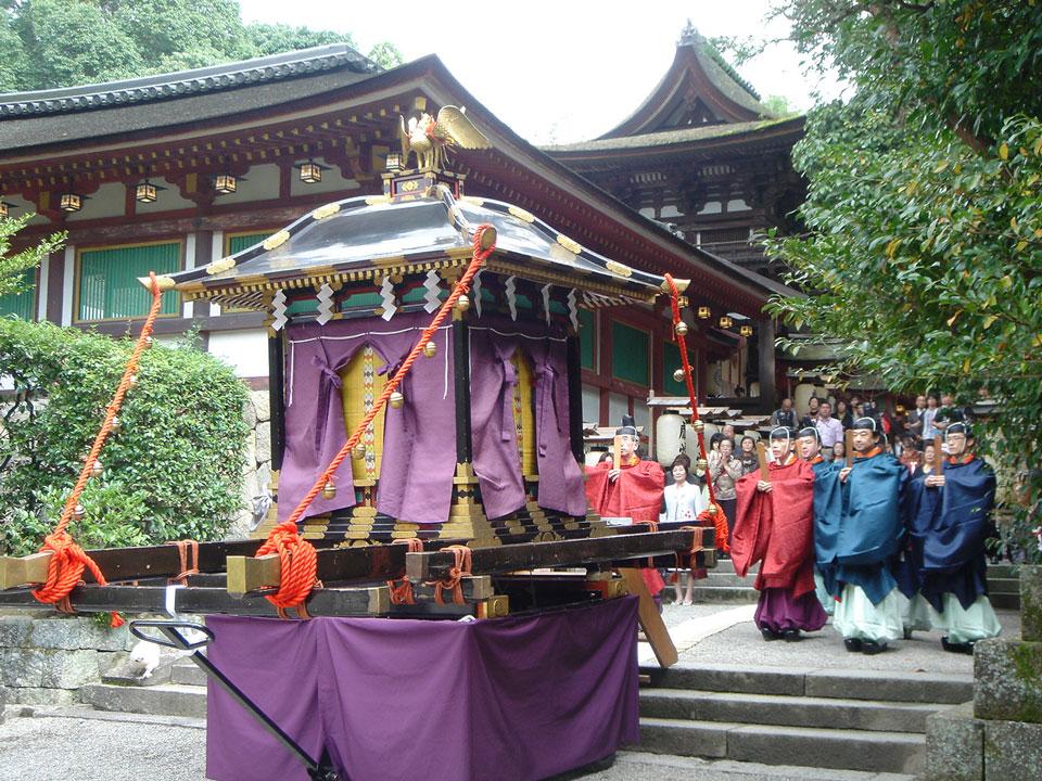 例祭(ふるまつり)|石上神宮|奈良県観光[公式サイト] あをによし なら ...