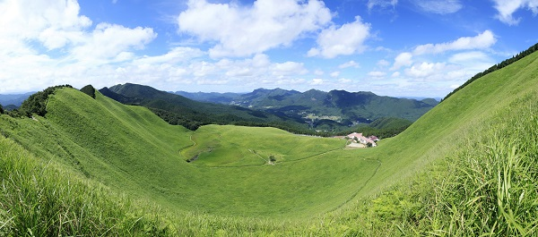奈良交通バスで行く 夏の曽爾高原