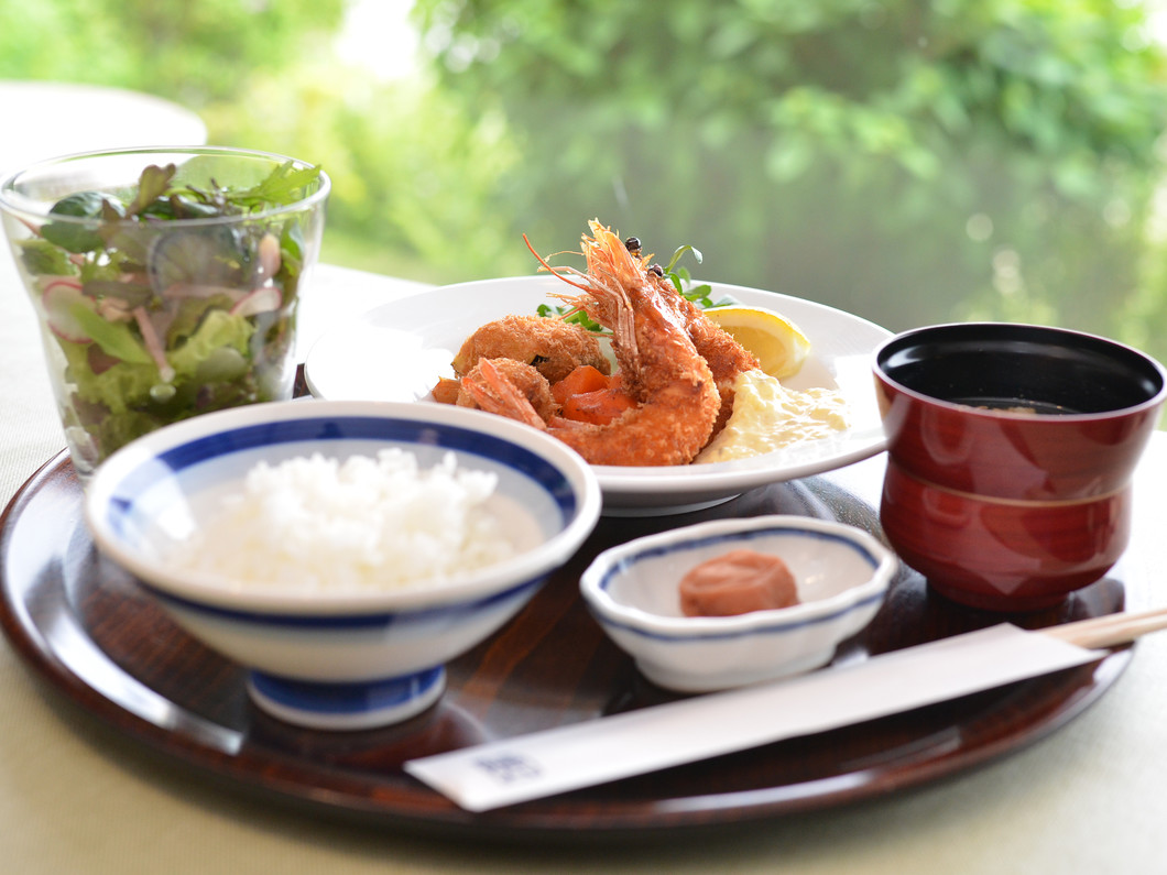 洋食Katsui 山の辺の道