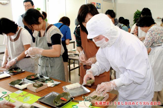平宗奈良店 三輪素麺を食べて、柿の葉ずしをつくろう!