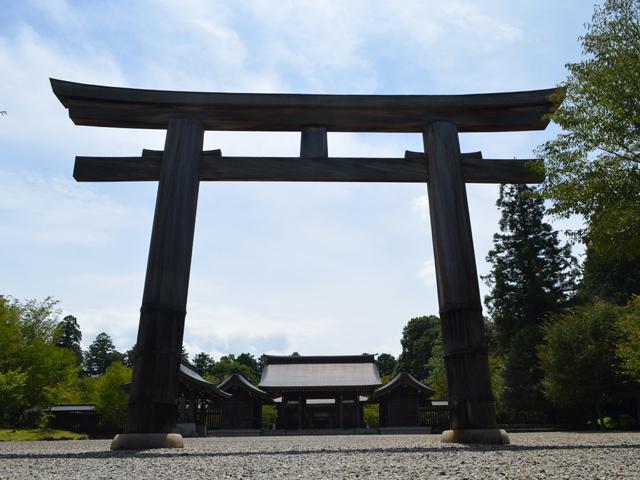 吉野神宮 神職の案内付きでご本殿昇殿参拝