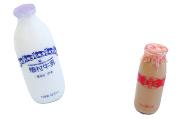 牛乳(大ビン)680円 コーヒー牛乳160円