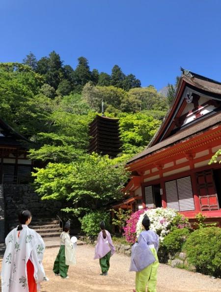 【談山神社】こんな経験できるなんて! 本物の装束を着て神拝詞奏上体験!