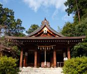 2001年に再建された拝殿