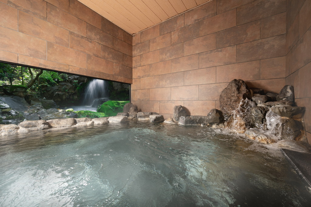 天然温泉「天平の湯」